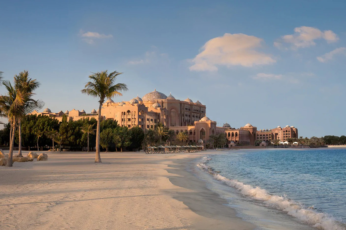 Het Emirates Palace hotel in Abu Dhabi
