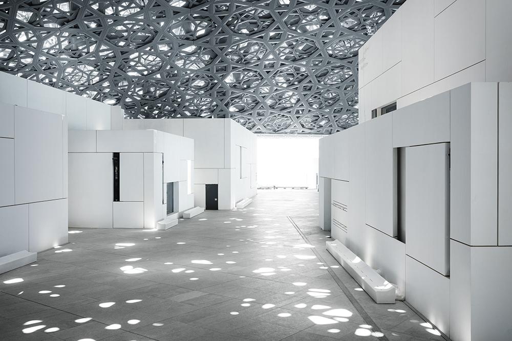 Het Louvre museum in Abu Dhabi